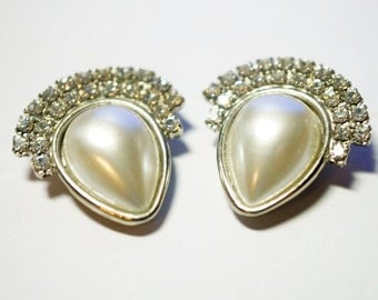 Shoe Clips, Rhinestone and Faux Pearl shoe Clips, Silver Metal, Ladies Shoe Accessory