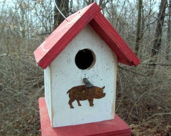 Chickadee Wren Songbird White and Red Primitive Birdhouse Rusty Pig