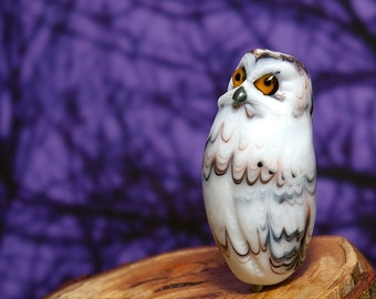 Snowy Owl lampwork - glass bead by Cleo Dunsmore Buchanan Grama Tortoise 37 animal bird  raptor sculpture
