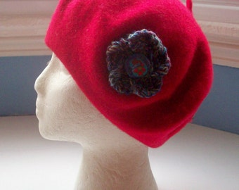 Beret, wool, embellished with hand knit Corsage Flower Pin - Bronze Blues Lilac Medium  with Button