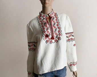 ON SALE Vintage Embroidered Peasant Blouse - Hungarian Style Ethnic Boho Festival Top