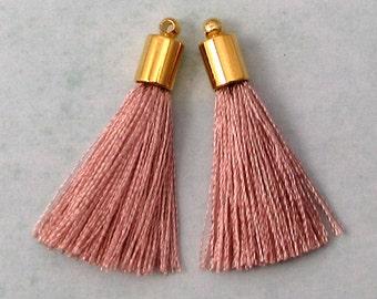 Silky Tassel Pendant, Blush, Gold Cap, 30 MM, 2 Pieces, AG308