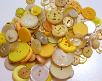 Yellow Buttons, Vintage Yellow Buttons x 100 pieces, Used Garment Buttons