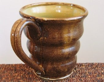 Beehive Mug - Large Pottery Coffee Mug in Caramel and Tiger's Eye Brown 16 oz. Stoneware Ceramic
