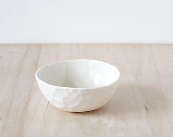 "5"" porcelain bowl."