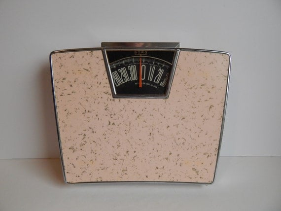 Mid century pink borg bathroom scale for Borg bathroom scale