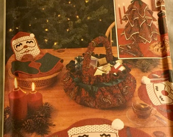 Vintage Simplicity 7024 Christmas Craft Pattern Table Decor Basket Napkin Tree, Santa Placemat