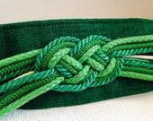 Vintage Beautiful Wide Knot Cinch Belt, Green & White, Fits 30-37 inch Waist