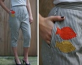 Vintage 50s Striped Preppy High Waisted Pedal Pushers with Novely Fish Appliques | Small Medium