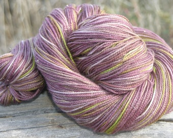 Handpainted Glimmer Sock Yarn - Superwash Merino Wool, Nylon, Gold Stellina - Rot