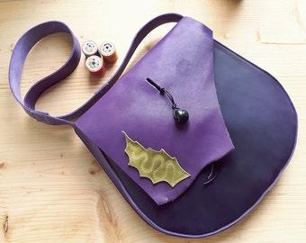 Leather Messenger Bag,across body bag, POD 3102 violet