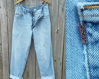 """Vintage Levi's 545 Jeans  //  Vtg 80s Made in the USA Levis Distressed Faded Indigo Denim Loose Lightly Tapered Jeans  //  32.5"""" waist"""