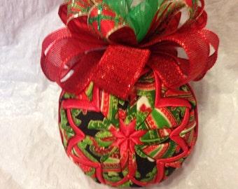 Christmas Paisley Quilted Star Christmas Ornament, Teacher Gift, Christmas Gift, Stocking Stuffer, Hostess Gift, Secret Santa