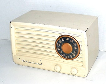 1949 Admiral 5X13 Tube Radio Serviced and Working Great with Warranty
