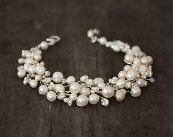 Wedding JewelryDelicate Freshwater Pearl Bracelet with Natural Crystals and Vintage Austrian Rhinestones