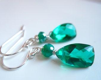 Christmas Earrings, Emerald Green Pyramid earrings, Quartz pyramid emerald green earrings, Style: Mini Cleo Goddess