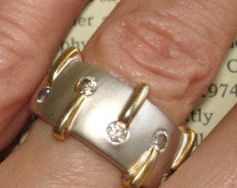 vintage matte silver 18 KGE gold faux diamond ring