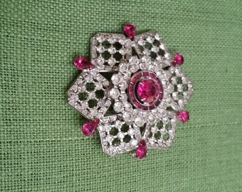 exquisite vintage style cz brooch