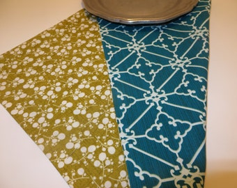 Set of 4 cloth napkins--double sided, colorful and earth friendly---cottage, retro feel