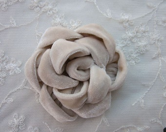3.5 inch Tan Velvet Ribbon Rose Fabric Flower Applique Hat Corsage Pin Baby Pageant Bridal Hair Accessory Applique