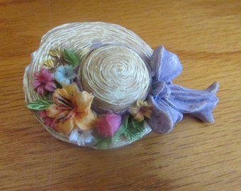 Easter bonnet brooch