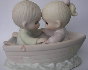 """Precious Moments """"Friends Never Drift Apart"""" Porcelain Figurine - Boy and Girl Boat - Retired - Original Box and Paperwork - 1985 - Vintage"""