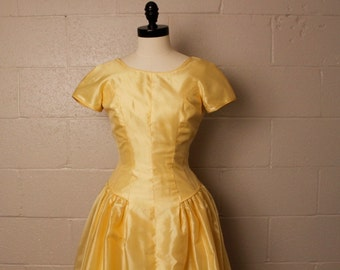 Vintage 1950's Yellow Formal Prom Party Dress 25 waist
