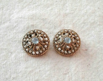 Vintage Blue Cabochon and Faux Pearl Clip On Earrings