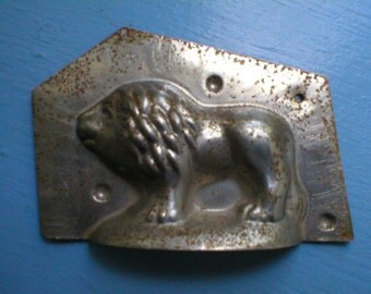 Lion Candy Chocolate Mold Antique Tin Vintage