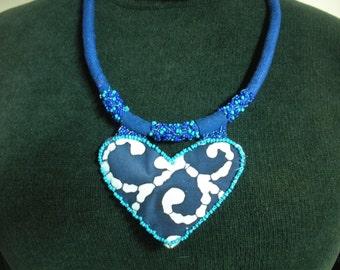 "FREE SHIP Blue Batik Navy seed bead heart wax resist fabric necklace with blue linen 24.5"" chain  - BearlyArtDesigns"