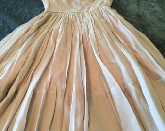 Lovely vintage 50s chiffon party dress mauve