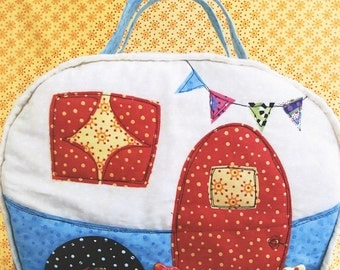PATTERN Happy CAMPER BAG by Jennifer Jangles Travel Trailers Glamping