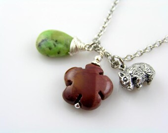Charm Necklace with Wombat, Mookaite and Chrysoprase, Mookaite Necklace, Mookaite Pendant, Chrysoprase Necklace, Chrysoprase Jewelry