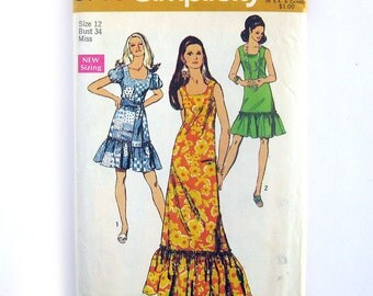 Scoop Neck Dress with Ruffle Hem / Ankle Length Sundress / Vintage Sewing Pattern - Simplicity 8789  / Size 12