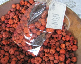 Putka Pods Bowl Fillers, 4 Cups, Putka Pods WITH EUCALYPTUS PODS in Bag with Tag.... Easy to Scent, Low Shipping, Mini Pumpkins