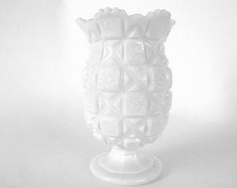 Vintage Westmoreland Old Quilt Milk Glass Celery Vase