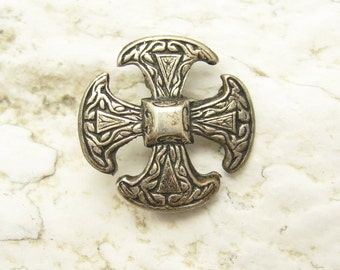Small Sterling Canterbury Cross Brooch Vintage Jewelry P7019