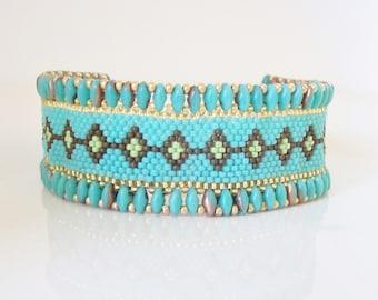 Peyote cuff bracelet , Seed bead bracelet , Beaded cuff bracelet , beadwork bracelet , Cuff bracelet , Beadwoven bracelet , Super duo cuff