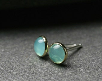 Untreated 5mm Peruvian Opal and 18k yellow gold bezel set stud earrings with sterling silver posts and backs