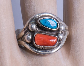 Navajo Signed Turquoise & Coral Ring - 60s Sterling Cigar Band -  sz 11 1/2