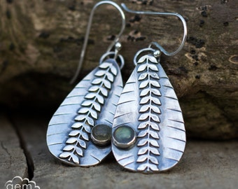 Labradorite sterling silver  rustic dangle earrings - Laurel -