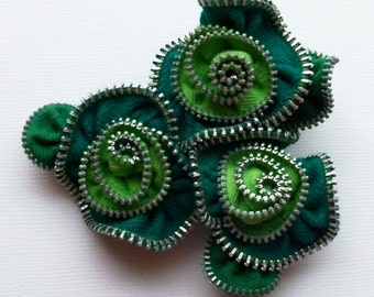 Kelly and Lime Green Multi Flower Floral Brooch / Zipper Pin  - 2365