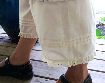 Muslin Bloomers Pleats and Pockets The Wild Raspberry