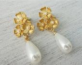 Sale 20% OFF Hilda Post Earrings, wedding bridal pearl posts, woodland flower studs