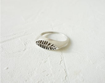 On Sale Narrow Maui Ring, Cast Ring, Casting Ring, Statement Ring, Leaf Ring, Signet Ring, Silver Plated Ring, Gold Plated Ring