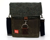 Waxed Canvas Messenger Bag / Harris Tweed Forest Houndstooth