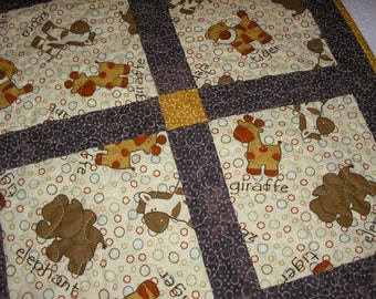 Baby Blanket, Baby Quilt, Zoo Animals Baby Quilt, 31 1/2 x 42 inches