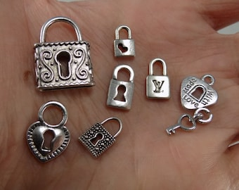 Small Lock Charm Mix - Set of 20