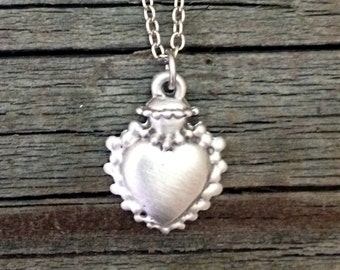 Queen Elizabeth's Heart Pewter Necklace