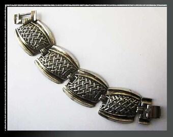 CROSSHATCH-Cast Woven Silver Look Metal Link Bracelet,Weighty and Interesting,Vintage Jewelry,Women